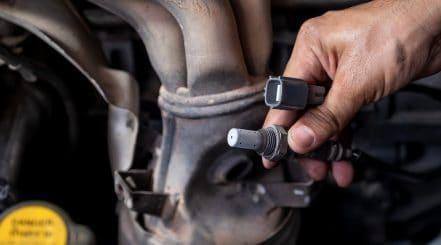 Checking Car Oxygen Sensor